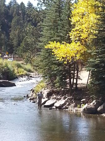 Drake, CO: Wonderful fishing on the Big Thompson River