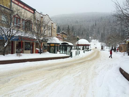 Mount Revelstoke National Park: Main Street Revelstoke