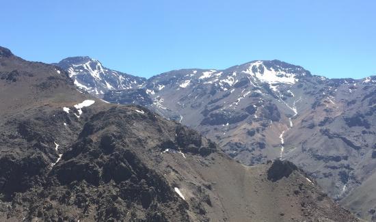 Lodge Andes: Paisagens pela região próxima ao verão