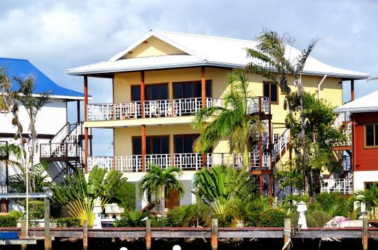 Robert's Grove Beach Resort: Marina Villa