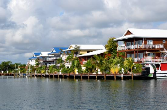 Robert's Grove Beach Resort: Marina Roberts Grove