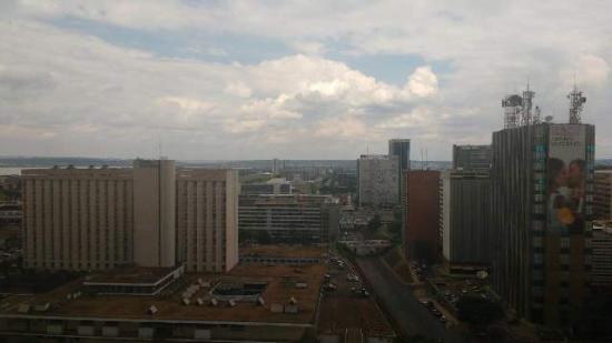 St Paul Plaza Hotel: Vista para a Catedral Metropolitana