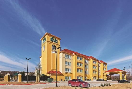 La Quinta Inn & Suites Ft. Worth East