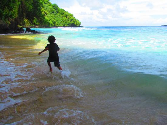 American Samoa: Beach Day at Fagatele Bay - Pua Tofaeono and Westbrook Family