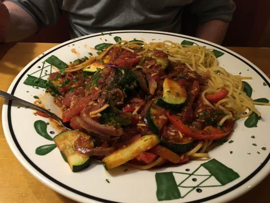 Olive Garden: spaghetti and veggie in sauce