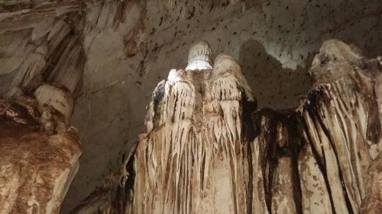 Daowadueng Cave