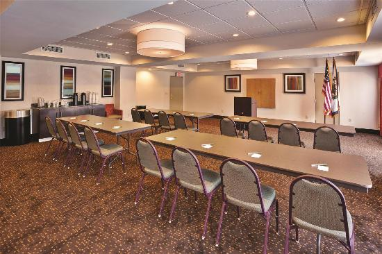Elkview, Virginia Occidental: Meeting room