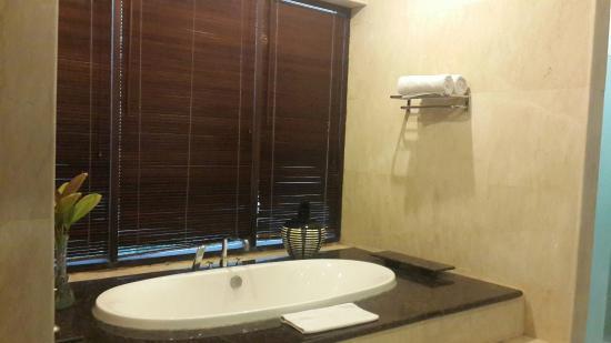 Chateau de Bali Ungasan: kamar mandi room B