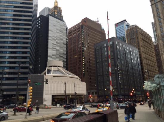 Hotel on far right in black building picture of kimpton for Hotel monaco chicago