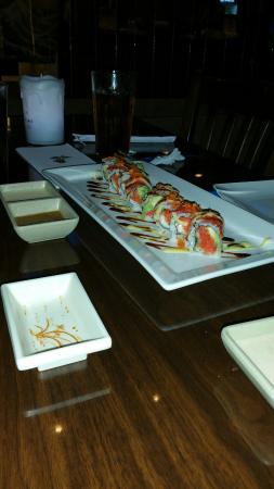 Okinawa: Amazing Tuna Roll