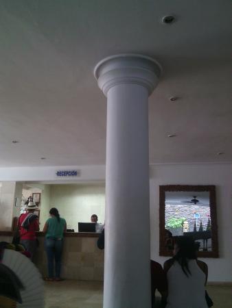 Playa Club Hotel : recepción