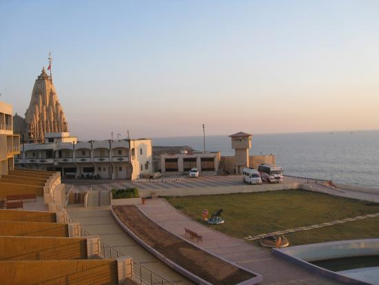 Sagar Darshan Ahigruh View From Balcony Somnath Temple Is Seen Clearly