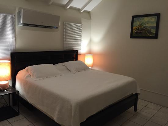 Cane Bay Cottages: Bedroom