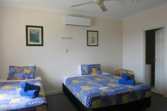 VQ3 Lodge: Room