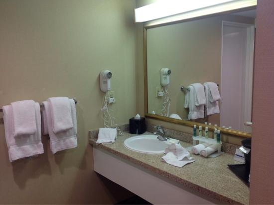 photo9 jpg picture of holiday inn express hotel suites ventura rh tripadvisor com