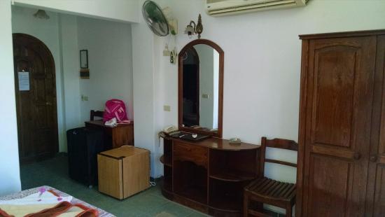 Christina Beach Palace: my room