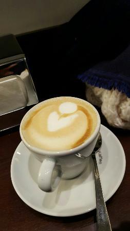 Vee's Cafe