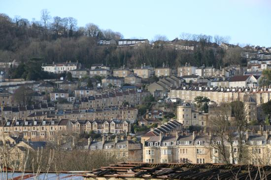 Bathampton, UK: A view that very few tourists to Bath get to see unless you go for a walk along the canal