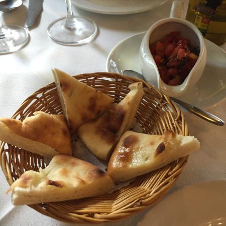 Sala Rossa Italian Restaurant : photo6.jpg