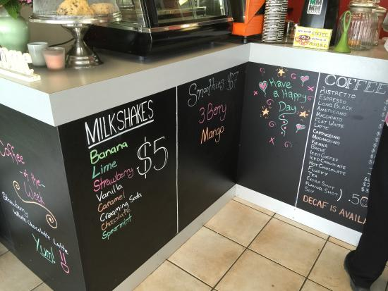 Elle Cee Cafe: more chalkboard menu