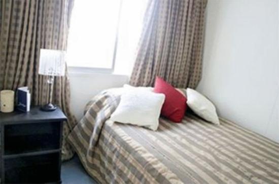 Lynns Hotel Boutique: Habitación