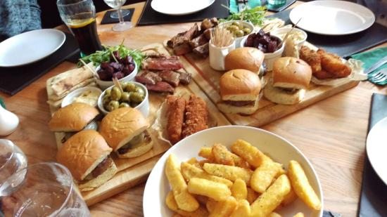 Wotton-under-Edge, UK: That's a platter!