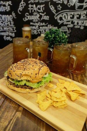 Beau's Cafe