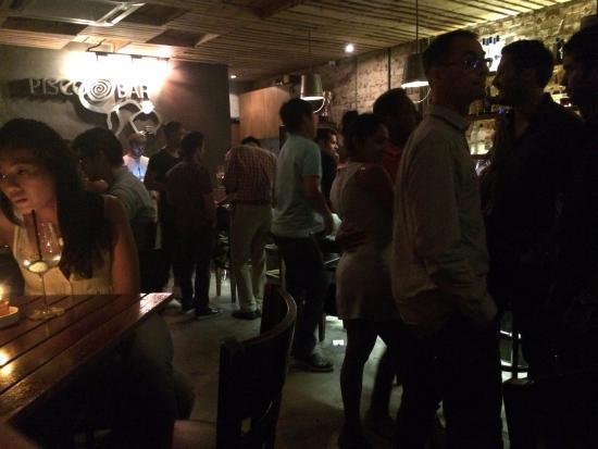 Pisco Bar: Вечер пятницы