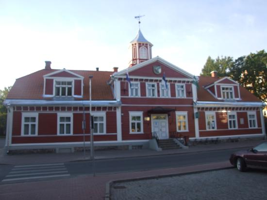 Valga, Estonia: Деревянный шедевр.