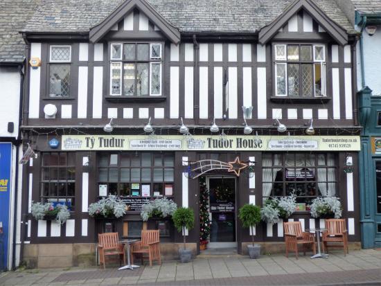 Tudor House From High St
