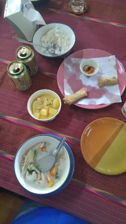 Saraphi, Tayland: 20151231_122143_large.jpg