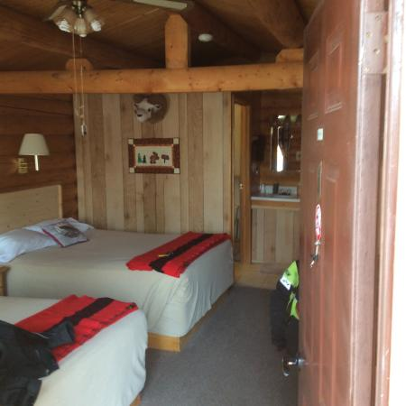 Tok, Аляска: Cabin interior