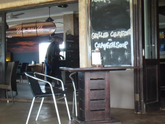Uvongo, Republika Południowej Afryki: Inside the restaurant