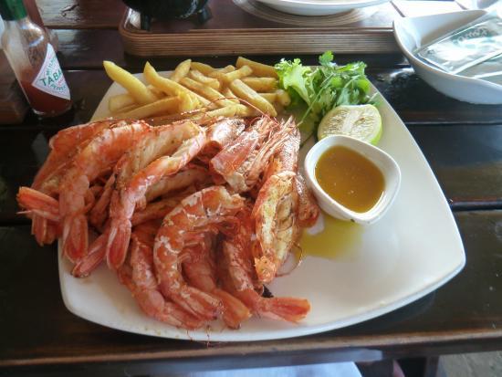 Uvongo, Republika Południowej Afryki: Grillled prawns & chips