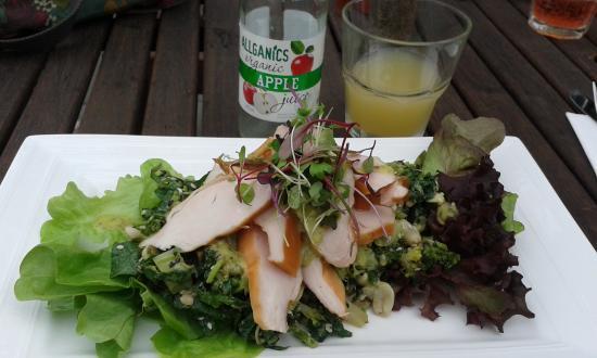 Verde Cafe Deli: Smoked chicken salad