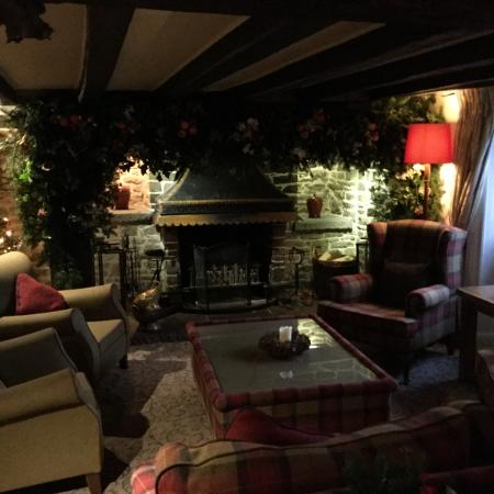 The Black Swan Hotel: Cosy lounge
