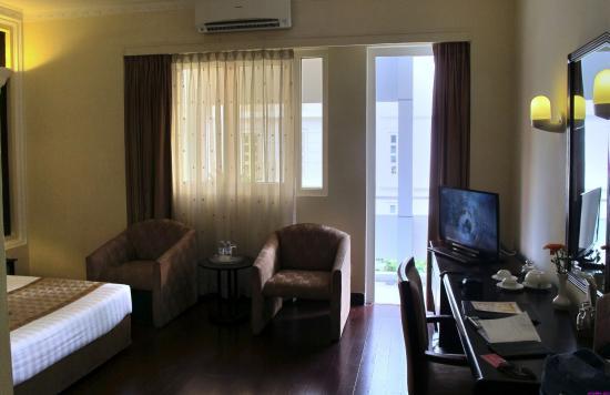 Huong Sen Hotel: Номер