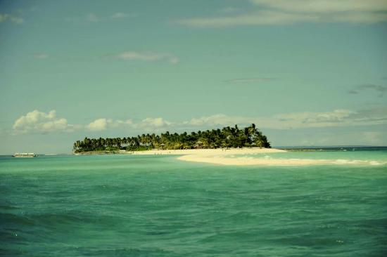 MG Matterhorn : Kalanggaman Island. Just 2 hours travel from Malapascua Island. We also organize Island hopping