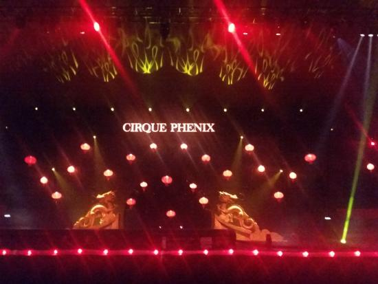 Cirque Phenix