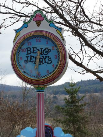 Waterbury, Vermont: clock