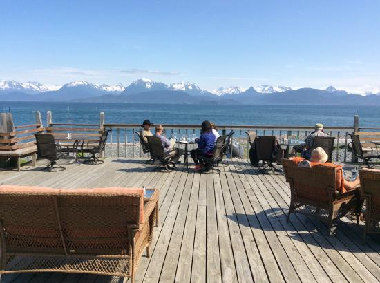 Land's End Resort: Deck with view