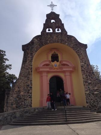 Gruta de Lourdes Alta Gracia: exterior