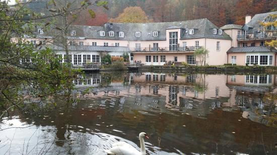 Hotels In Eisenschmitt Deutschland