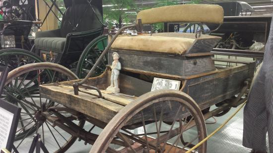 Tallahassee Antique Car Museum : 1894 Duryea