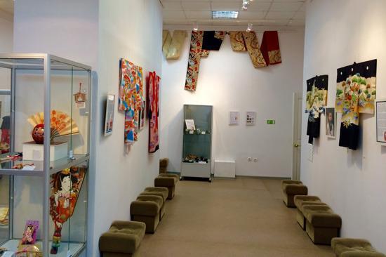 Serov, Russland: Выставка «Самураи и красавицы: искусство и быт японцев» в Серове