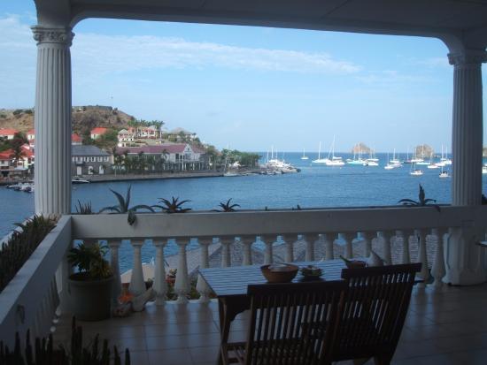 Sunset Hotel: petit déjeuner sur la terrasse