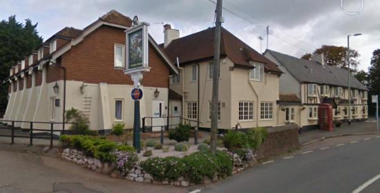 ‪Saint George and Dragon Inn‬