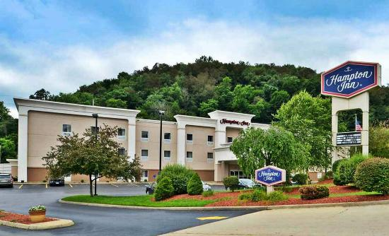 Steubenville, OH: Hotel Front Exterior