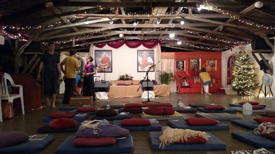 Sivananda Ashram Yoga Retreat Görüntüsü