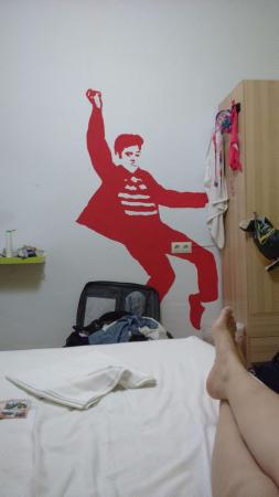 Summer Hostel Cadiz: Elvis